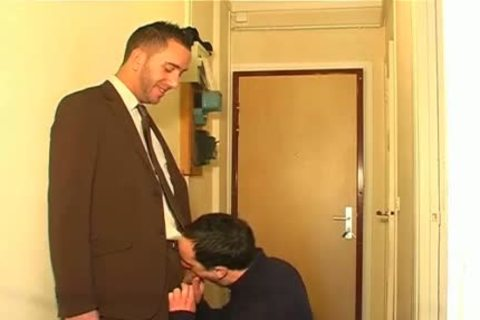 Full movie scene: A innocent Neighbour Serviced His big ramrod By A boy!