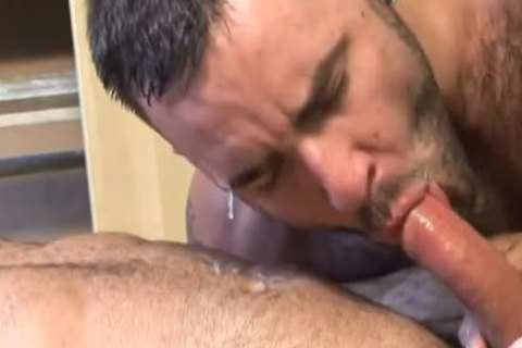 sleazy, hairy Muscle Sex