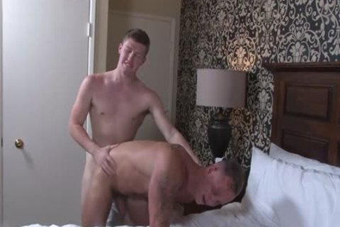 Rimmed knight gets fisted