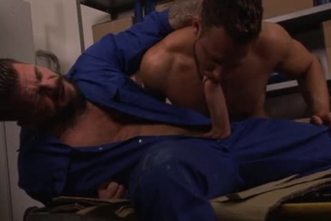 humongous penis homo sextoy With cumshot