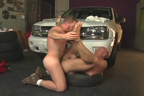 3 men fucking In Garage